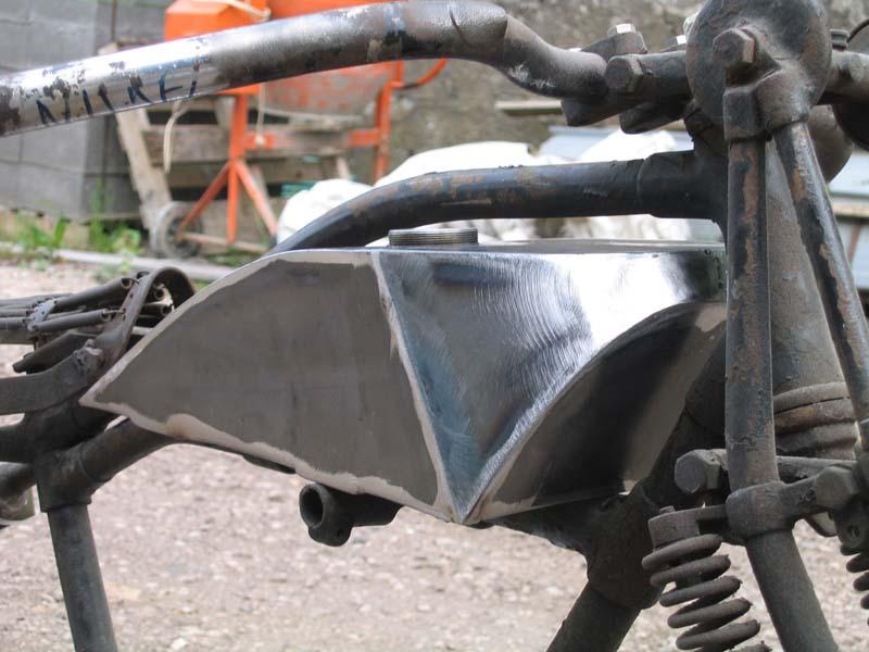 Reservoir sur mesure moto